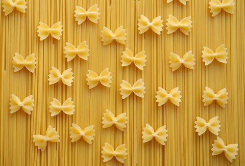 Ribbon Pastry Pasta on Fettuccini
