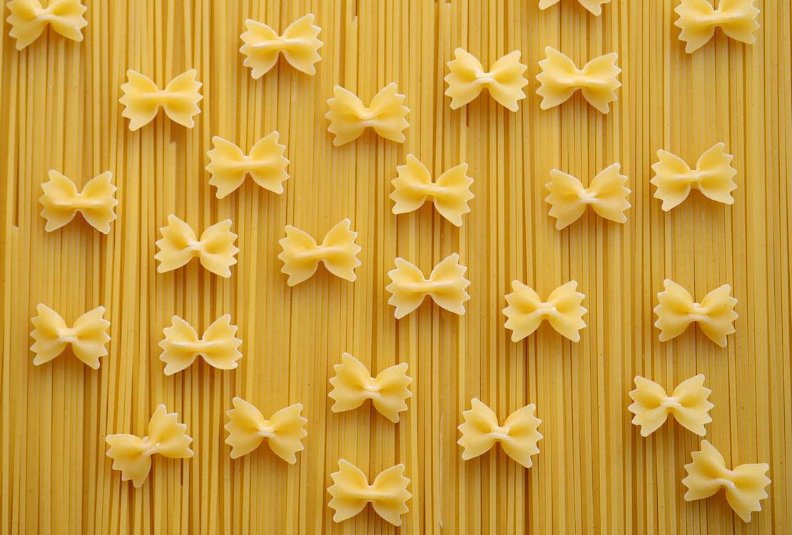 Ribbon Pastry Pasta on Fettuccini