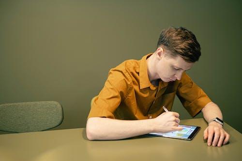 คลังภาพถ่ายฟรี ของ iPad, การร่าง, การวาดภาพ