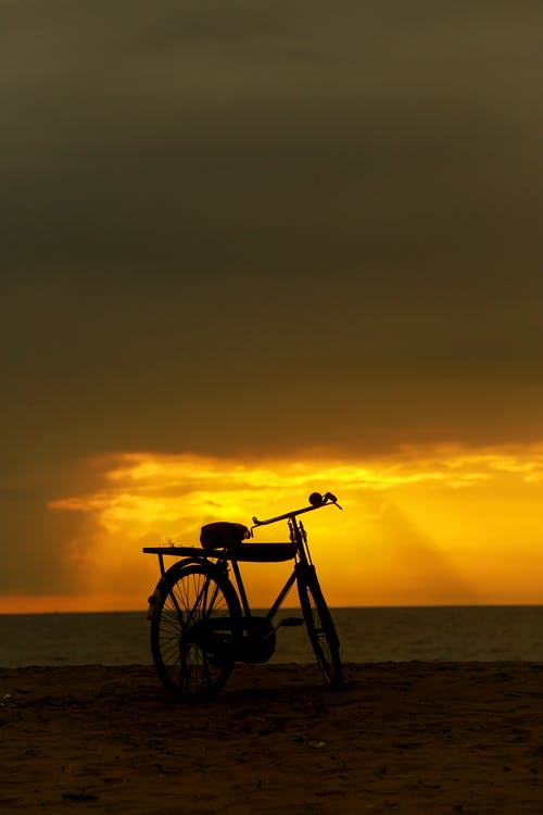 Fotobanka sbezplatnými fotkami na tému bicykel, cestovať, cyklista