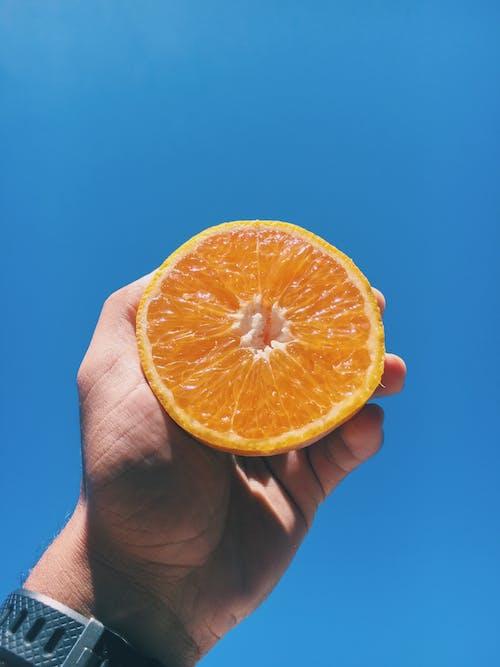 Gratis stockfoto met anoniem, aroma, artikel, blauwe achtergrond