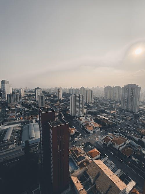 Foto profissional grátis de ao ar livre, arquitetura, bairro