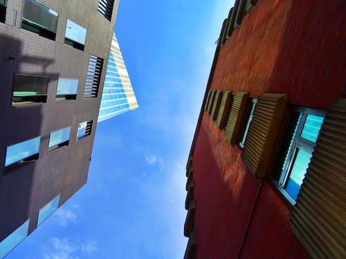 Fotos de stock gratuitas de acero, arquitectura, artículos de cristal, cielo