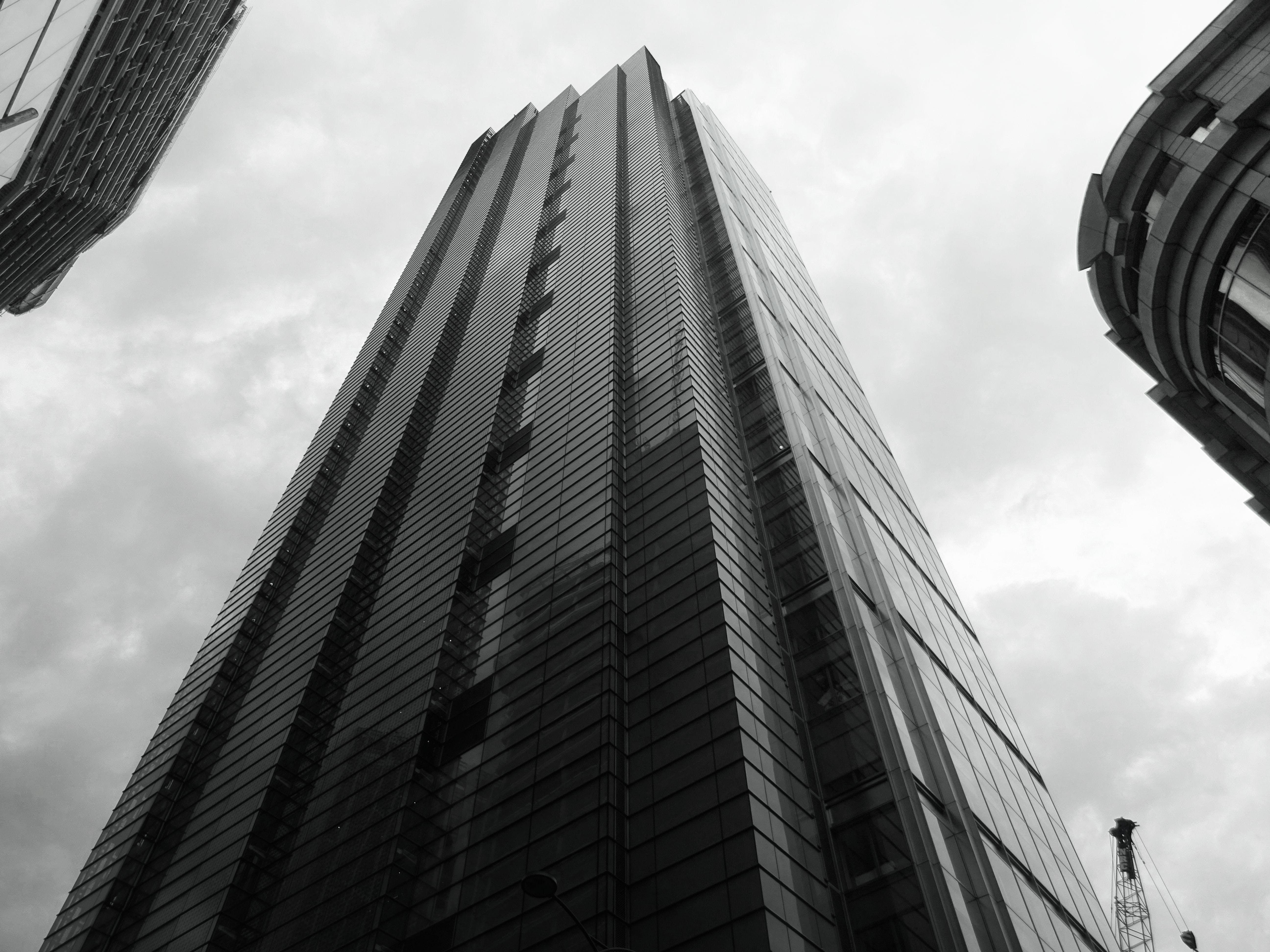 Free stock photo of black-and-white, city, sky, skyline