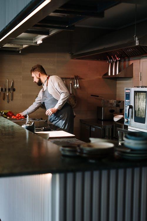 做饭, 圍裙, 基奇纳, 室內 的 免费素材图片