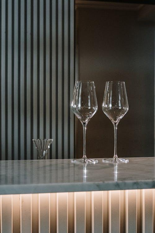 Gratis arkivbilde med bar, bar telleren, barkafé, glass vin