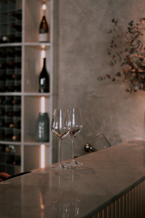 Fotos de stock gratuitas de bar, bar cafetería, bar de vinos