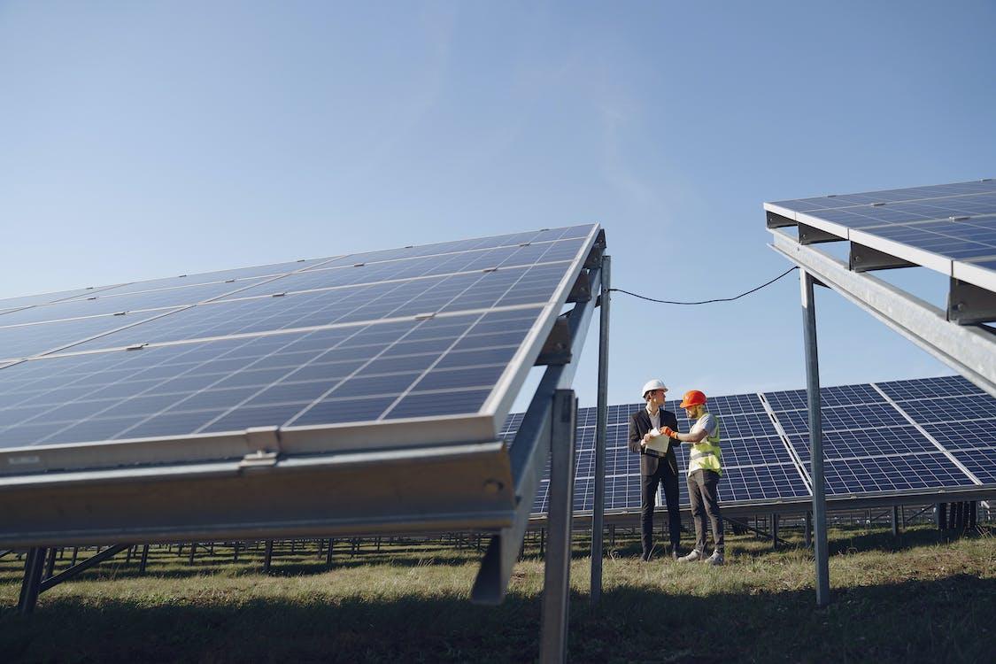 Бесплатное стоковое фото с Альтернативная энергия, возобновляемый источник энергии, инженеры