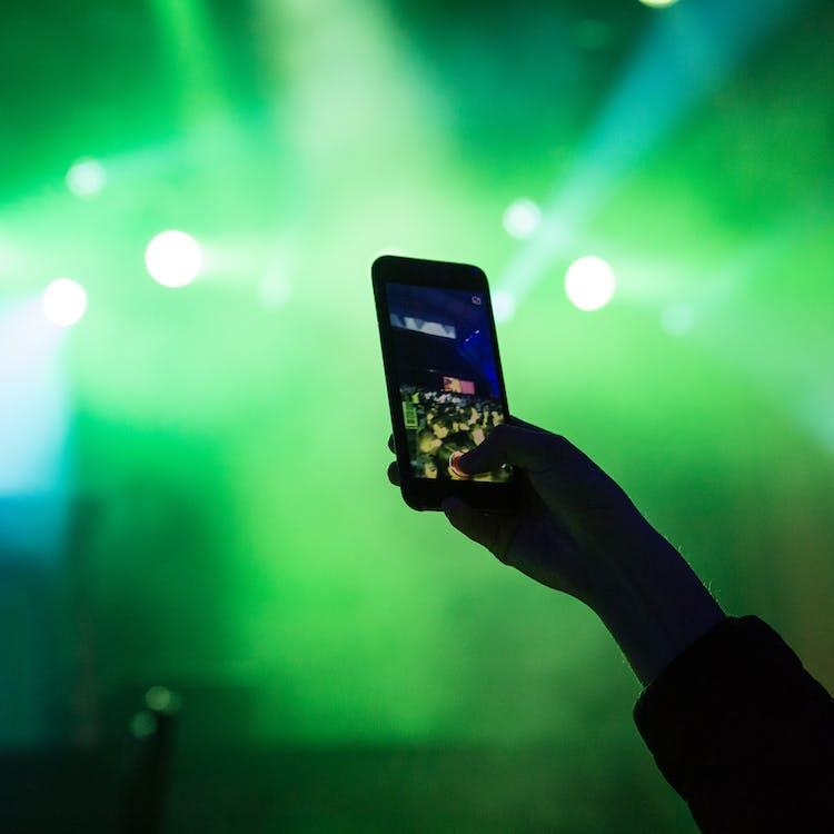 Ilmainen kuvapankkikuva tunnisteilla edm, iphone, kännykkä