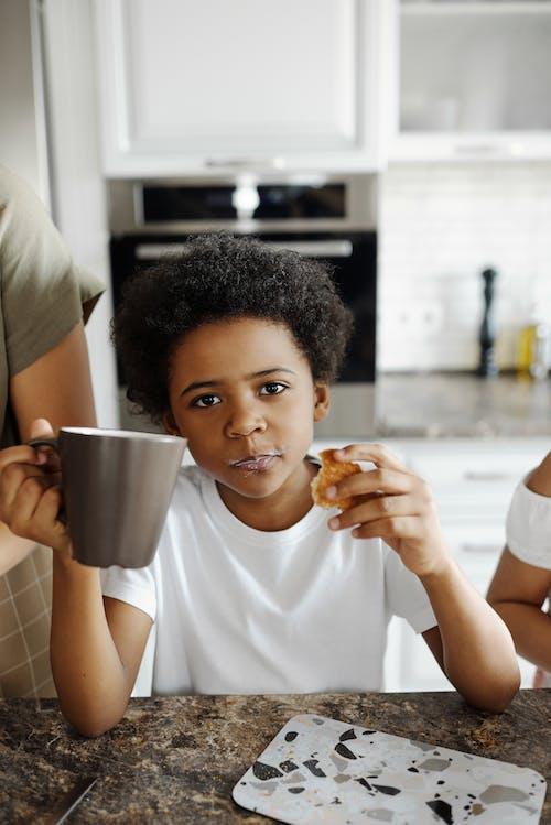 Бесплатное стоковое фото с Афро, афро-американец, афро-американский мальчик