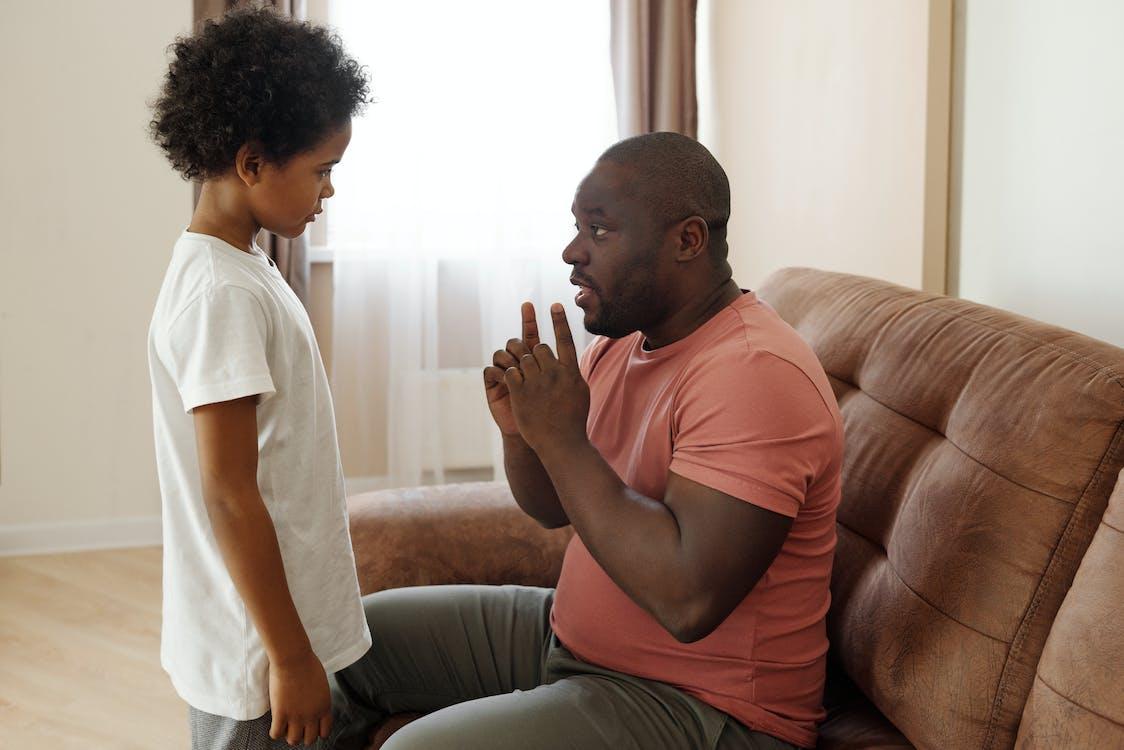 Vader Praat Met Zijn Zoon