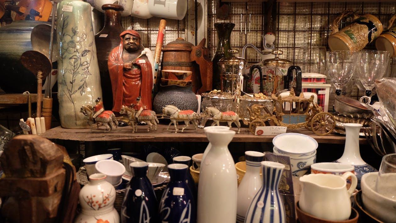 Free stock photo of antique, antique shop, antique shopping