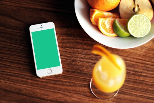 Free stock photo of apple, iphone, smartphone, fruits