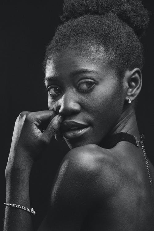 Foto profissional grátis de cabelo afro, cara, cobertura