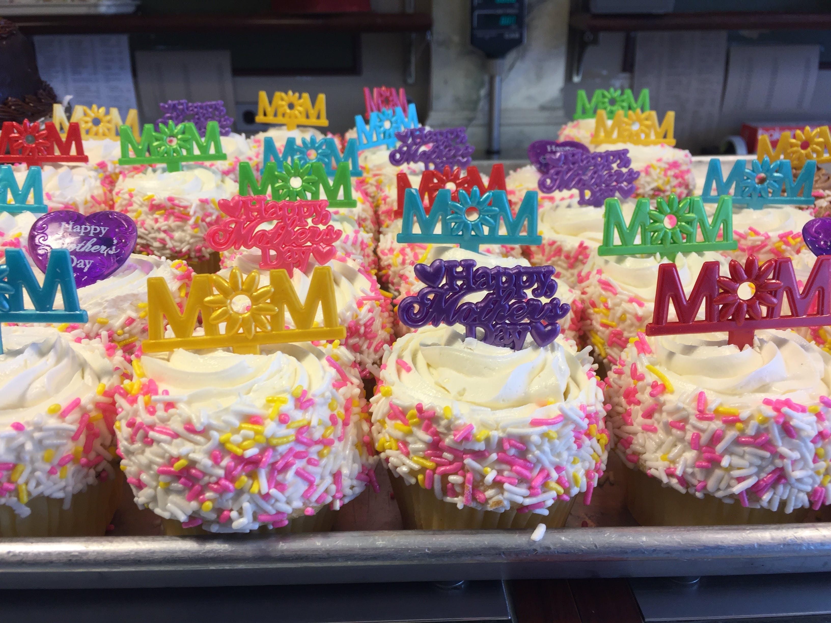 Kostenloses Stock Foto zu bäckerei, cupcakes, desserts, mama
