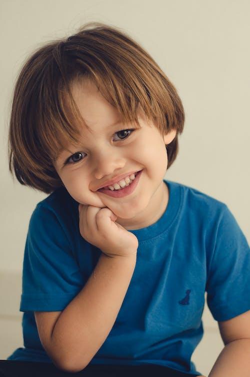 Foto stok gratis criação dos filhos, criança, criancinha, familiaridade