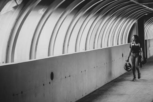 Photos gratuites de chaussée, chemin, citadin, échelle des gris