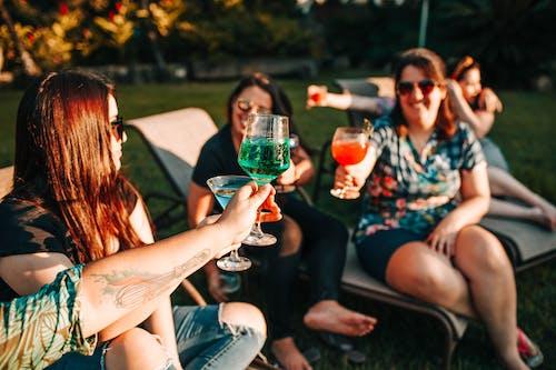 Imagine de stoc gratuită din cei mai buni prieteni, celebrare, cocktailuri, companie