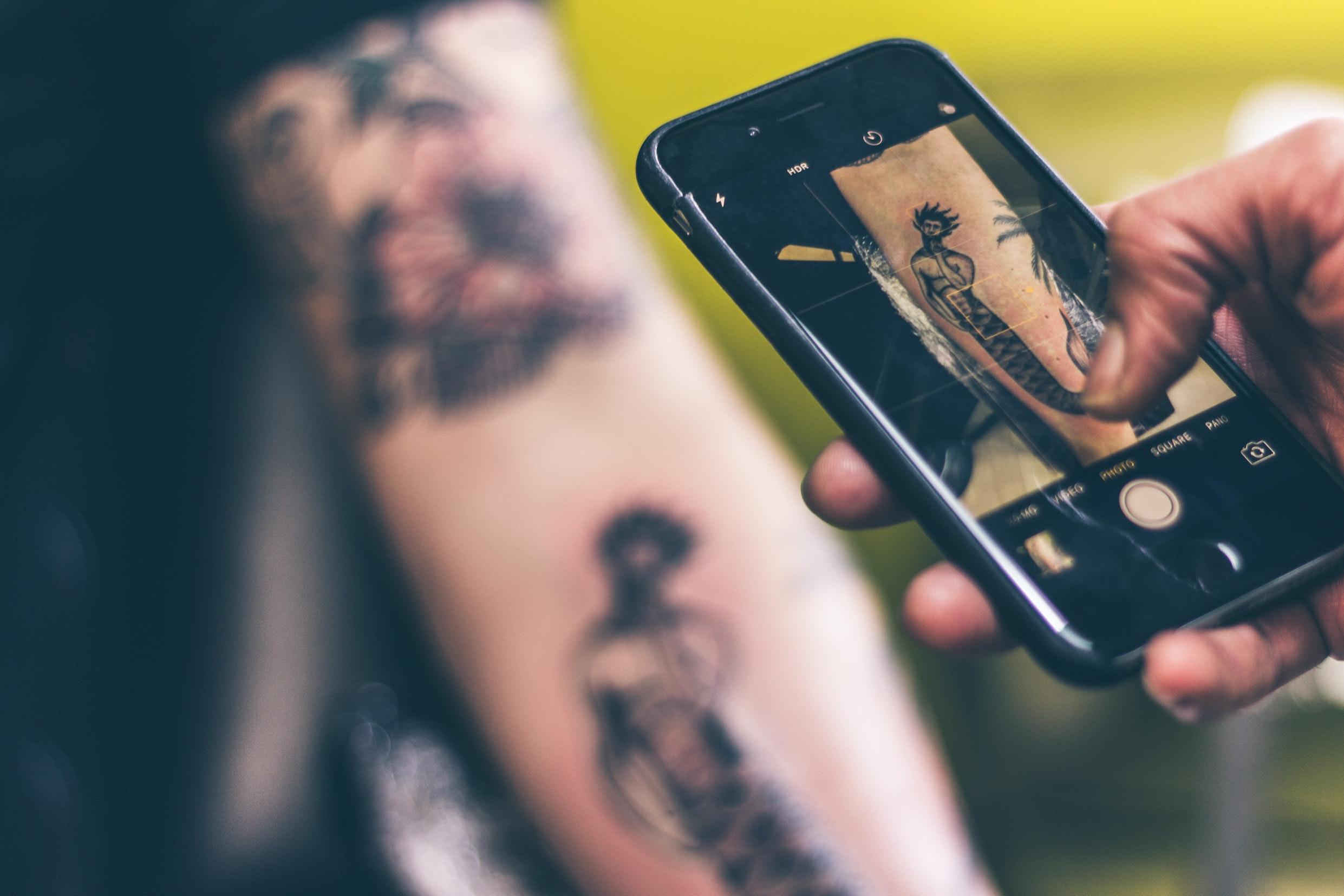 free stock photo of mobile tattoo tattoo artist