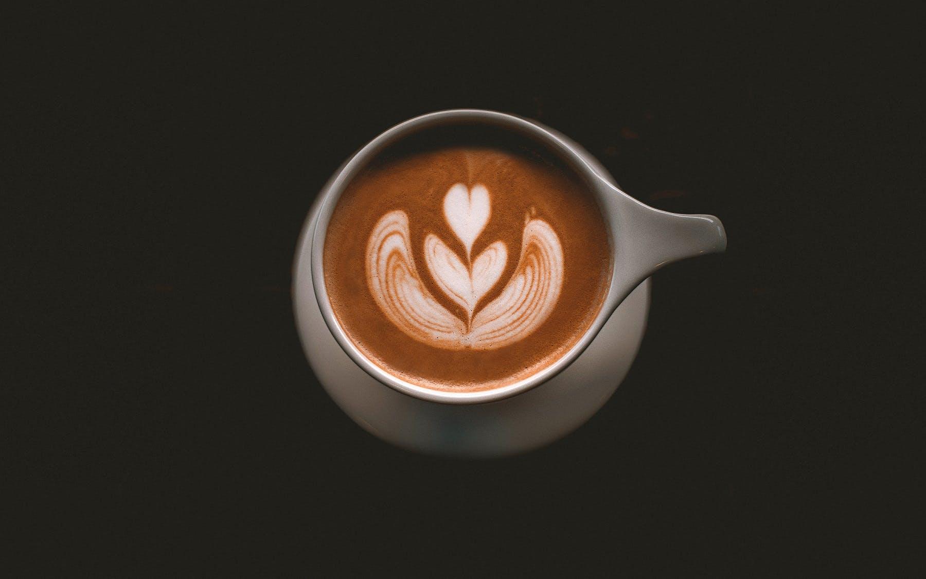 Kostenloses Stock Foto zu becher, cappuccino, dunkel, espresso