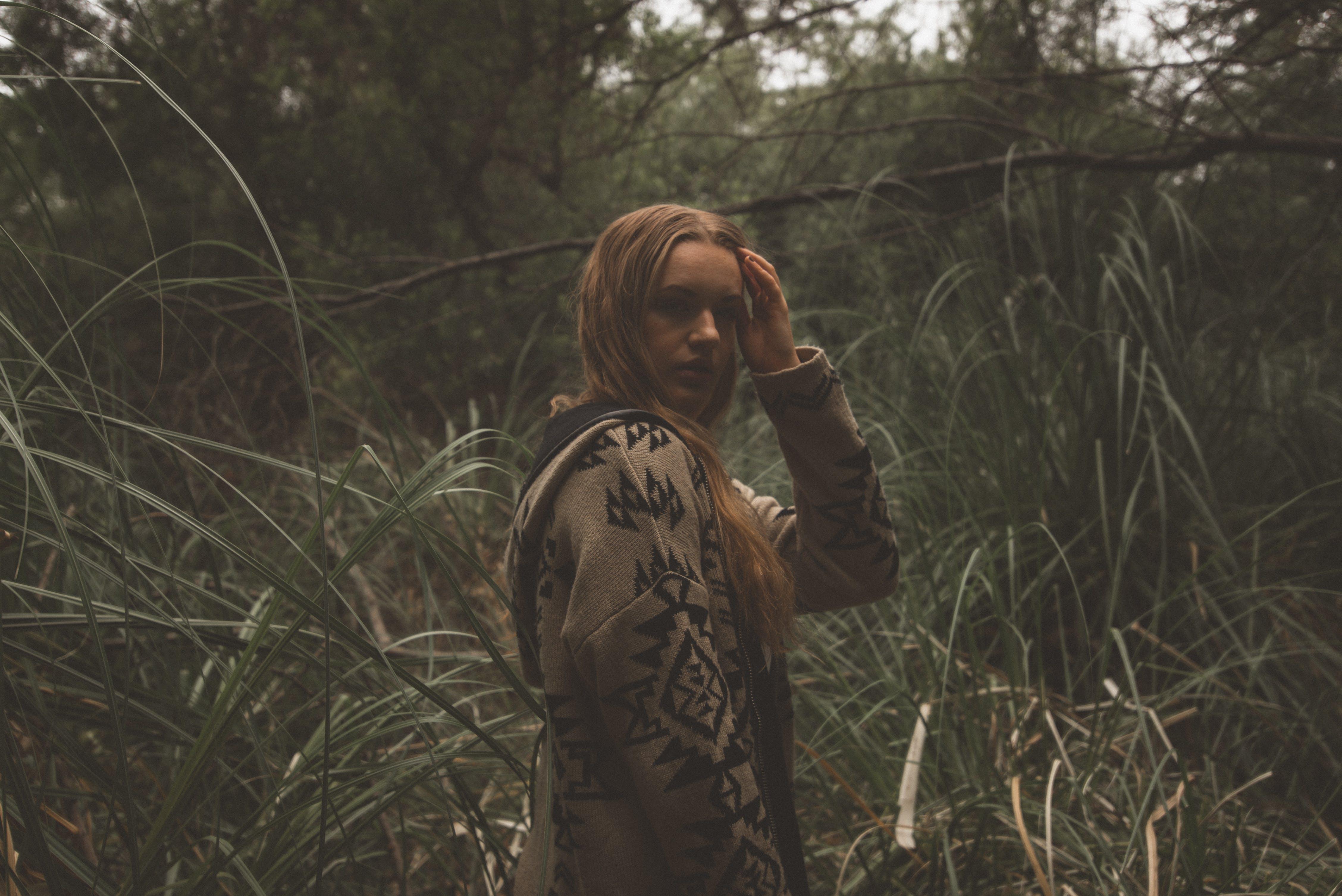 ソロ, ファッション, ブロンドの髪, 人の無料の写真素材