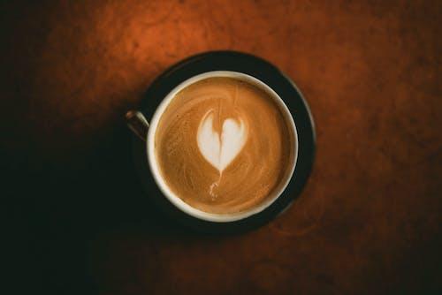 Δωρεάν στοκ φωτογραφιών με latte art, αλοιφή, αναψυκτικό, αυγή
