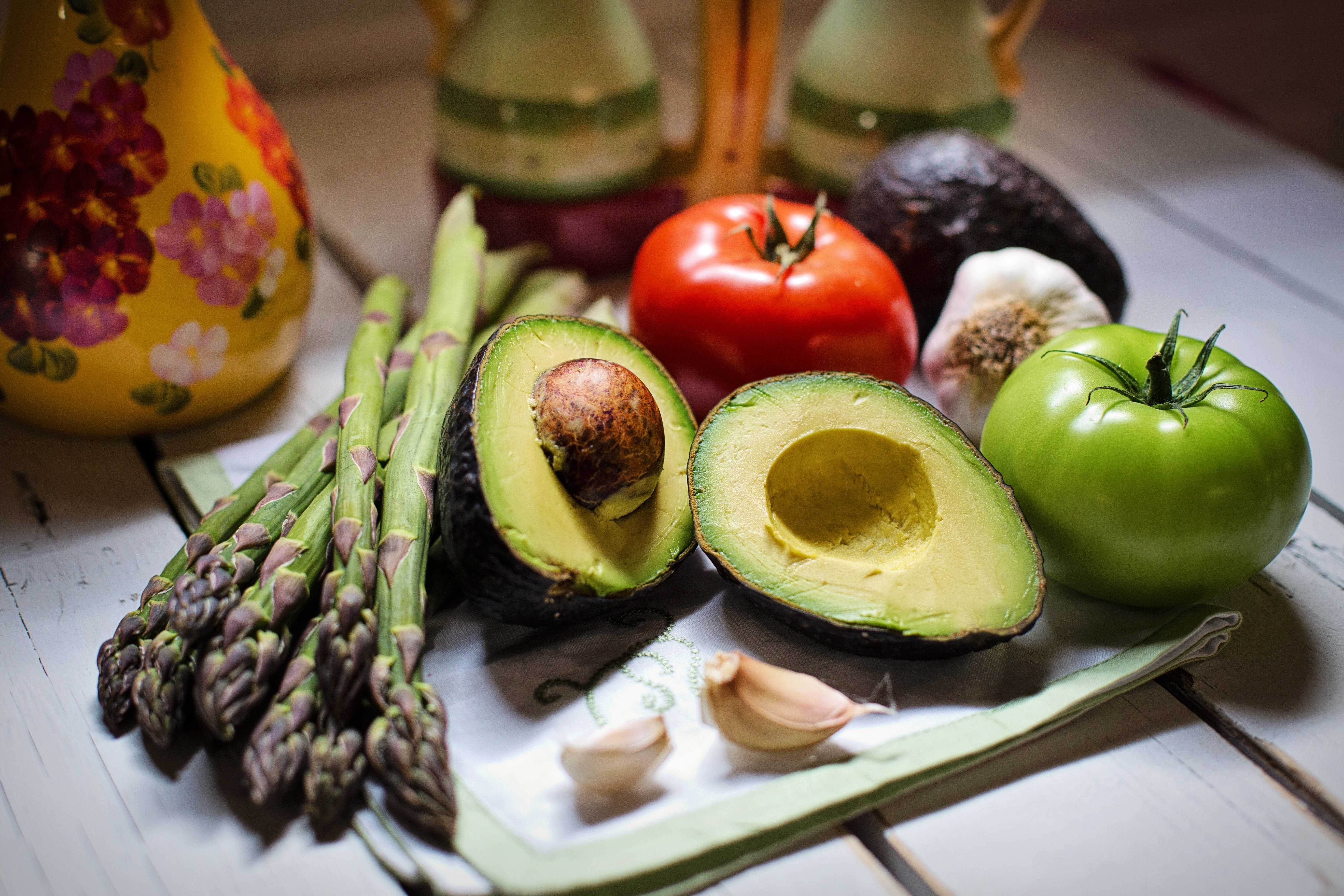 Free stock photo of healthy, vegetables, tomatoes, avocado