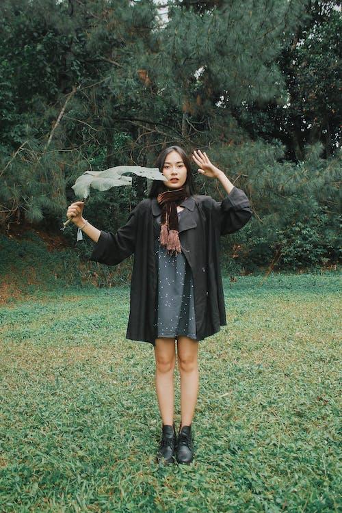 Бесплатное стоковое фото с азиатка, безмятежный, все тело, вся длина
