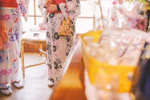 Foto stok gratis cinta, dalam ruangan, Jepang, kimono