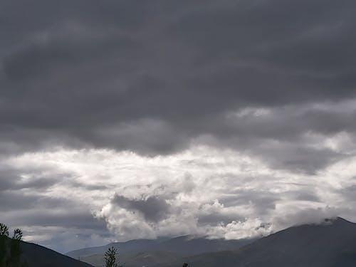 คลังภาพถ่ายฟรี ของ ดำ, ท้องฟ้า, ท้องฟ้ามืดครึ้ม, ธรรมชาติ