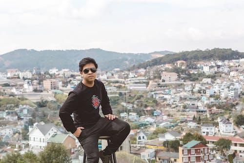 Free stock photo of Chân dung, đàn ông, quang cảnh nhìn từ trên cao
