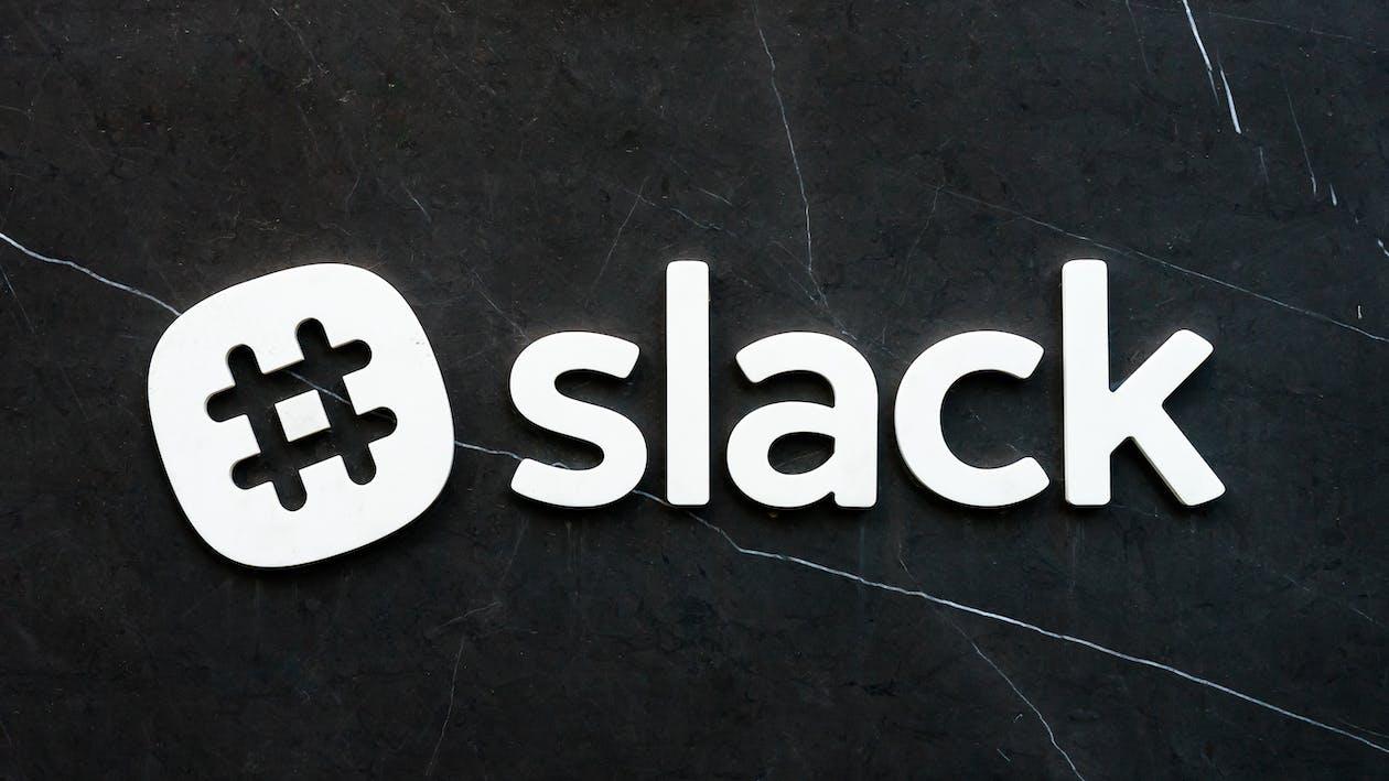 #slack Logo