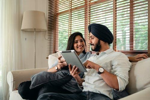 ağ, akıllı telefon, apartman içeren Ücretsiz stok fotoğraf