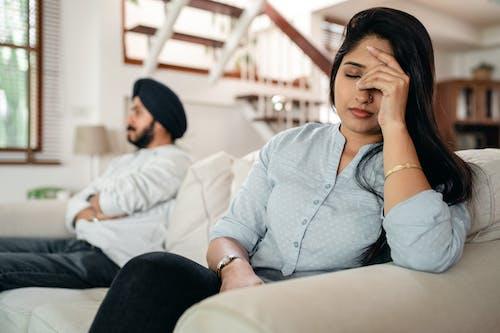 一對, 丈夫, 不快樂, 不滿意 的 免費圖庫相片