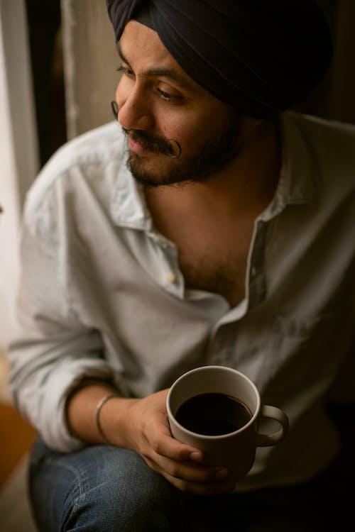 Ảnh lưu trữ miễn phí về ấm cúng, áo sơ mi, buổi sáng, cà phê