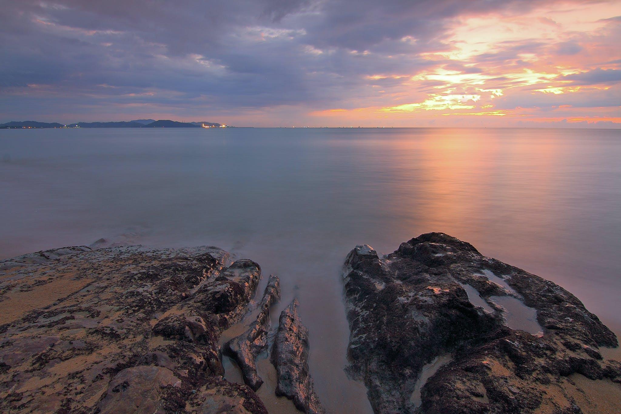Fotos de stock gratuitas de agua, amanecer, calma, cielo
