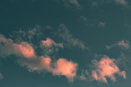 Immagine gratuita di alba, alto, atmosfera, bel tempo
