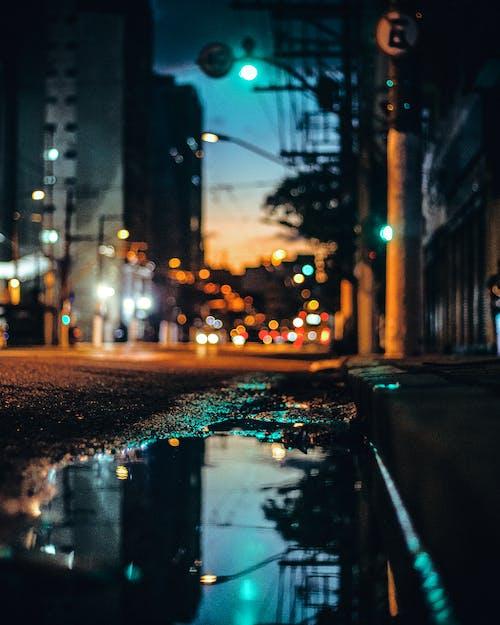 Δωρεάν στοκ φωτογραφιών με αντανάκλαση, απόγευμα, αστικός, αυτοκίνητο