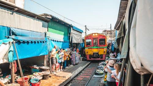 Fotos de stock gratuitas de calle, carretera, ciudad, comercio