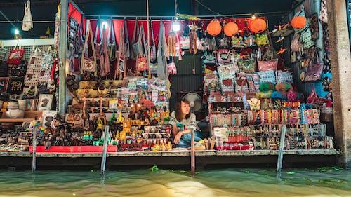 Fotos de stock gratuitas de mercado, mercado flotante, vendedor