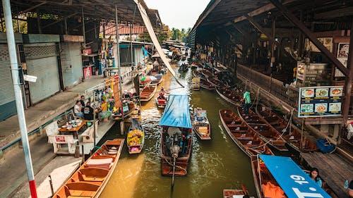 Fotos de stock gratuitas de agua, barca, calle, canal