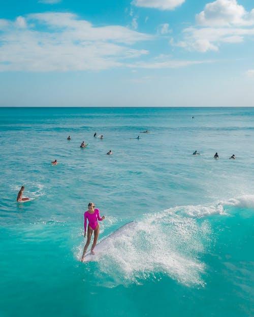 Kostenloses Stock Foto zu badebekleidung, blau, drohne kamera, drohnenfotografie