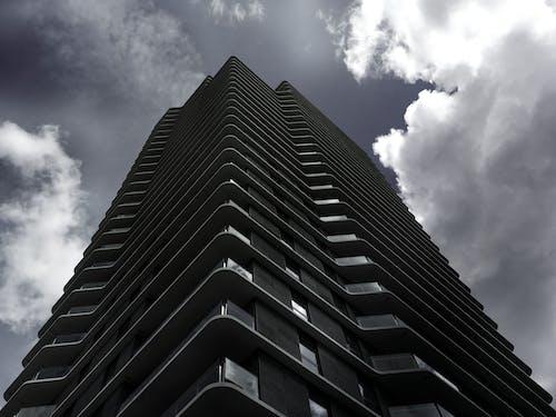 Kostnadsfri bild av arkitektonisk design, arkitektur, blå himmel, byggnad