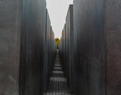 Бесплатное стоковое фото с Аллея, архитектура, бетон