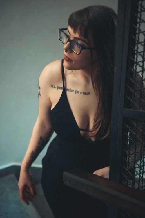 乳房, 冷色調, 出現 的 免費圖庫相片