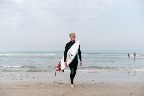 Бесплатное стоковое фото с Активный, берег, берег моря