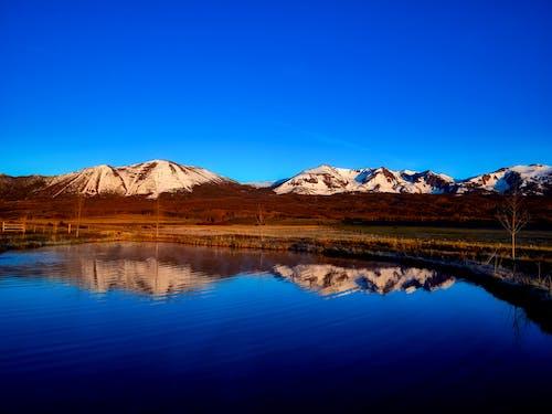 Δωρεάν στοκ φωτογραφιών με αντανακλάσεις, βουνά, γραφικός, εξοχή