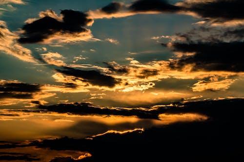 Foto d'estoc gratuïta de alba, capvespre, cel, cel al capvespre