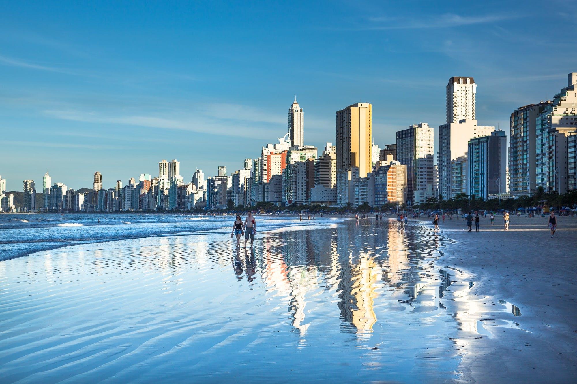 反射, 地標, 城市, 塔 的 免费素材照片
