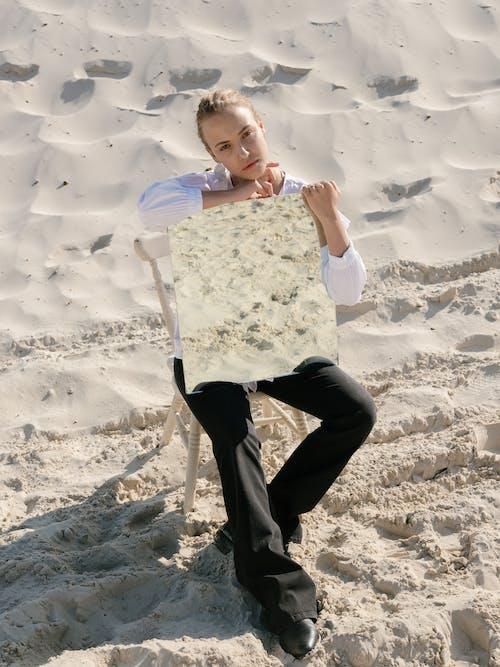 Darmowe zdjęcie z galerii z blond, bluza, bluzka
